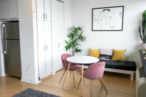 Making a Small Room Look Bigger – Expert Tips