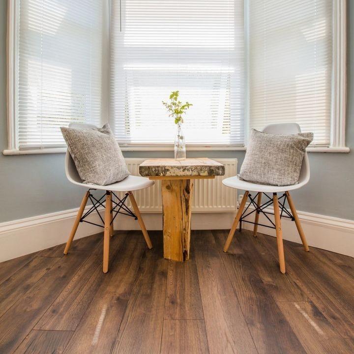 Narrow Dark Peterson Oak Laminate Flooring
